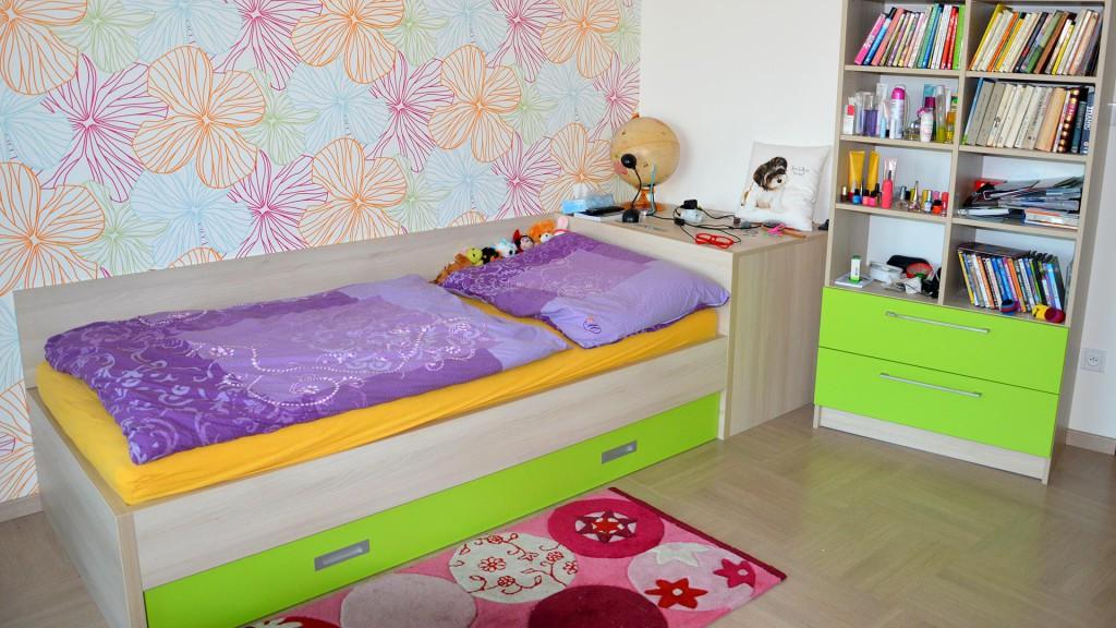 Dětský pokoj - postel s výsuvným druhým lůžkem