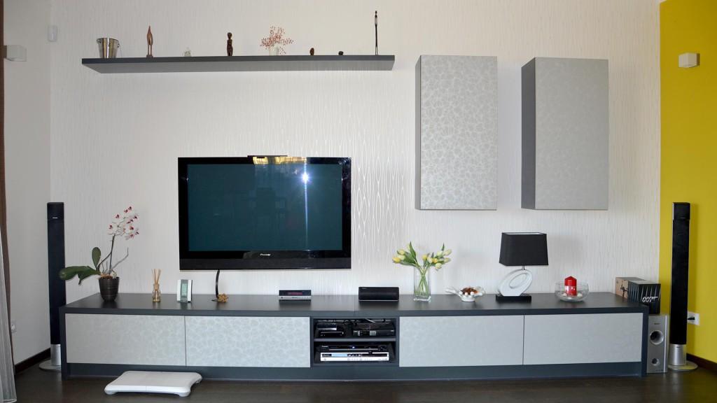Oblouková obývací stěna k TV