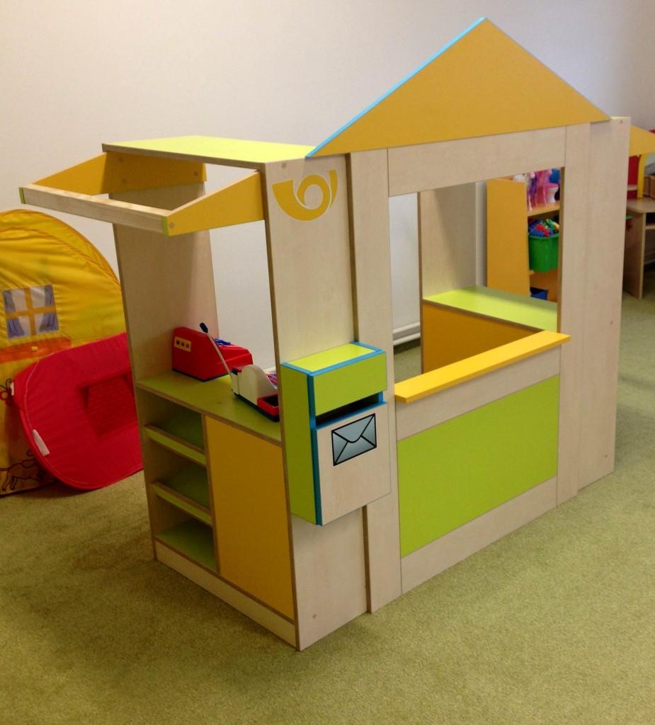 Hrací domeček - pošta pro děti v MŠ