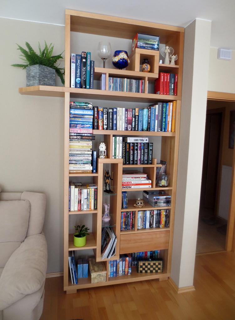 Knihovna s atypickým členěním